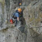 disgaggio e protezione costone con rocciatori
