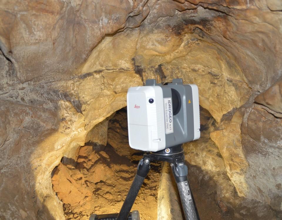 Rilievo laser scanner per il consolidamento di una cavità carsica